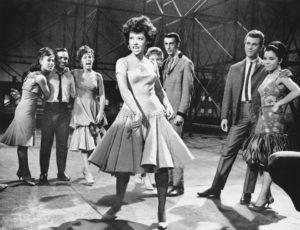 """1961 Rita Moreno nella scena in cui canta """"America"""", una delle pi famose del film (AP Photo)"""